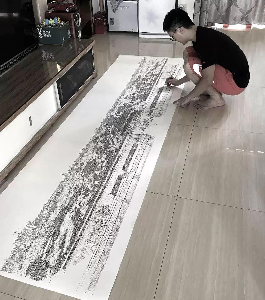 """90后小伙用一支笔,""""复刻""""出故宫版清明上河图,惊艳手绘界!"""