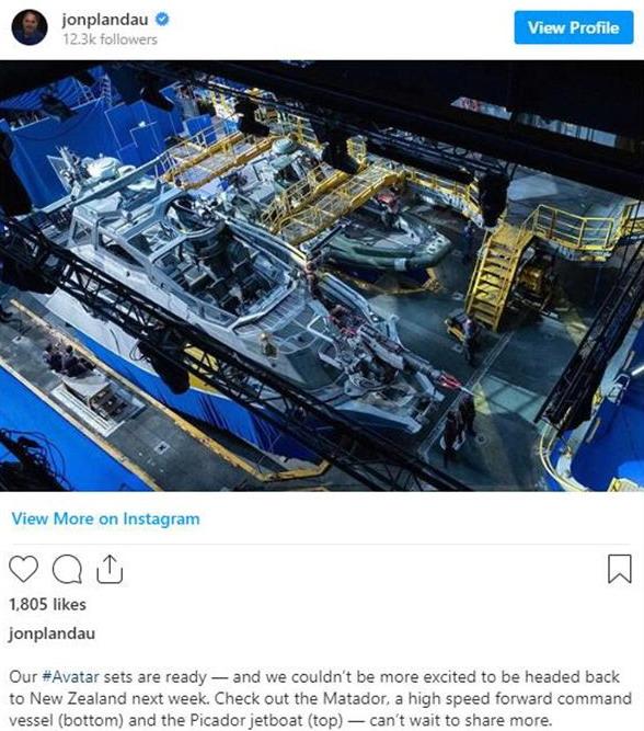 《阿凡达》续集拍摄工作即将重启 制片人晒快艇照