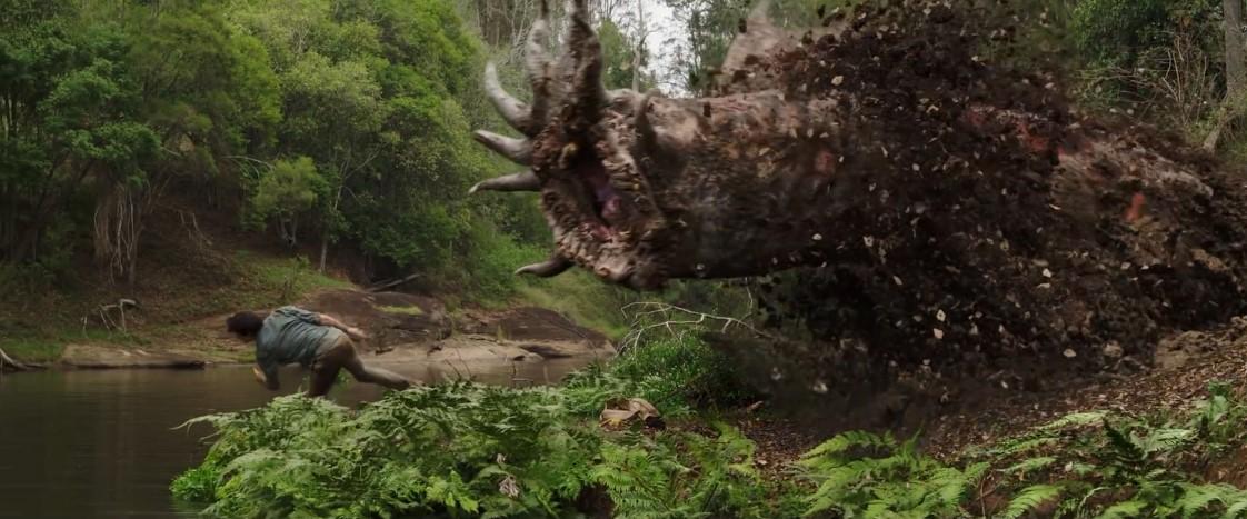 《移动迷宫》男主主演 末日怪兽片《爱与怪兽》曝预告